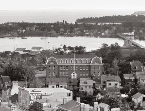 Historic Annapolis ES